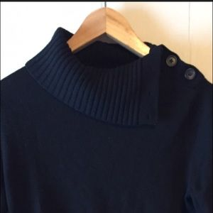 Perfect Banana Republic Cowl Neck with buttons!